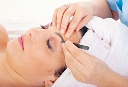 Laser Hair Removal vs. Electrolysis